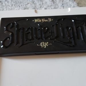 Kat Von D Shade&Light Eyeshadow Palette